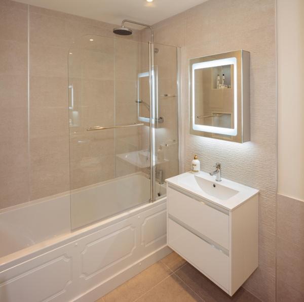 Elegant And Family Friendly Atlanta Home: Comfortable, Elegant And Family-Friendly Bathrooms In The